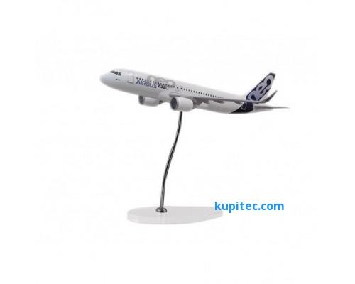 Представительский A320neo в масштабе 1: 100